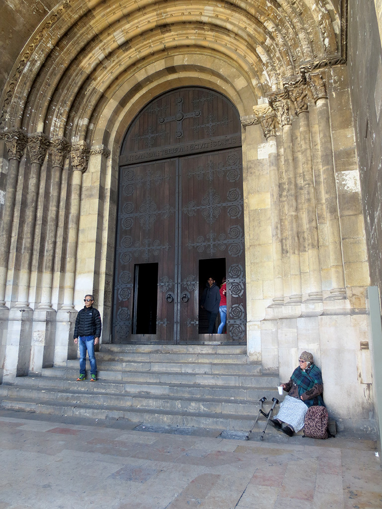 The main doors of the Sé
