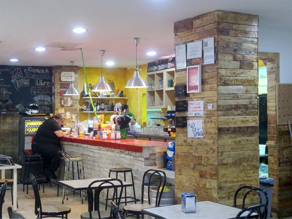 Café Bar Mega