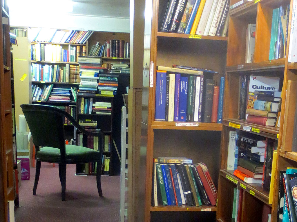 Edinburgh Books Basement