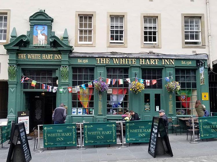 "<a href=""https://www.belhavenpubs.co.uk/pubs/midlothian/white-hart/"" target=""_blank"">White Hart</a>, Grassmarket"